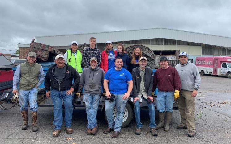 Vinita Oklahoma clean up Rotarians